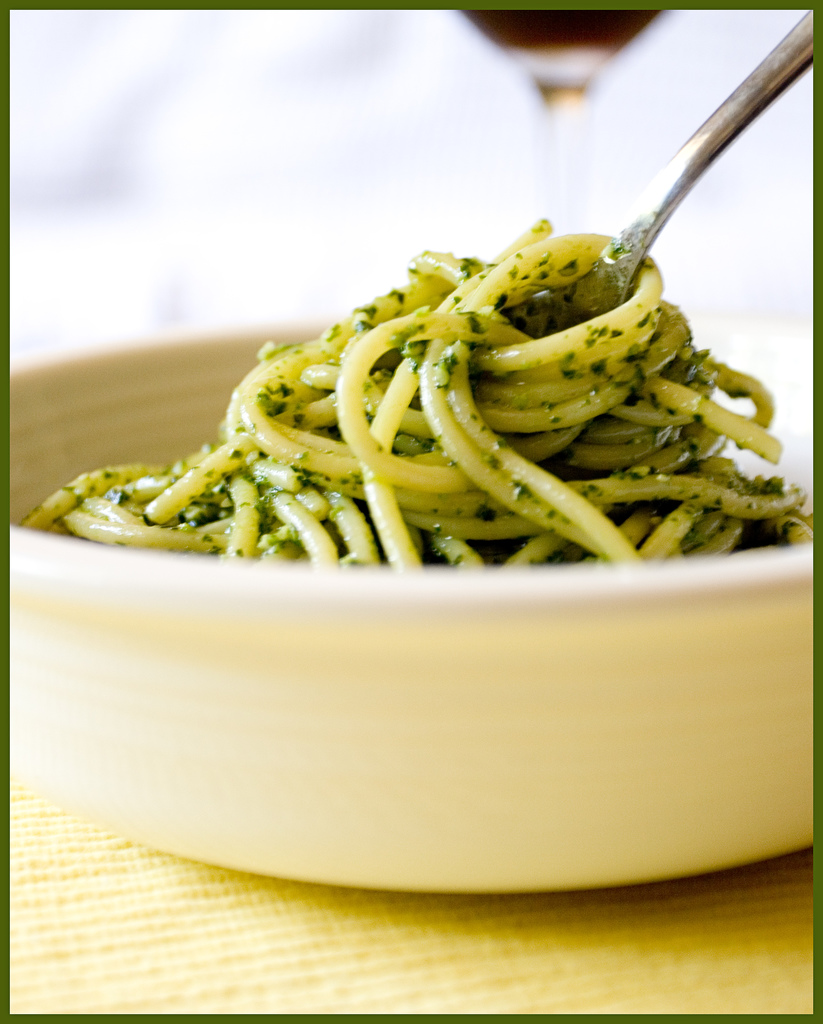Daily Dose of Amelie : Quick Prep: Simple Pasta al Pesto